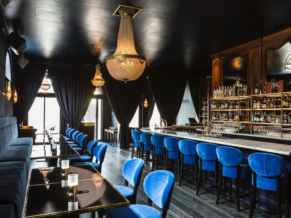 Bar Victor interior