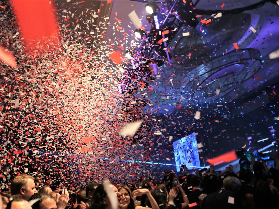 confetti shot Pitbull Children's Charity Gala