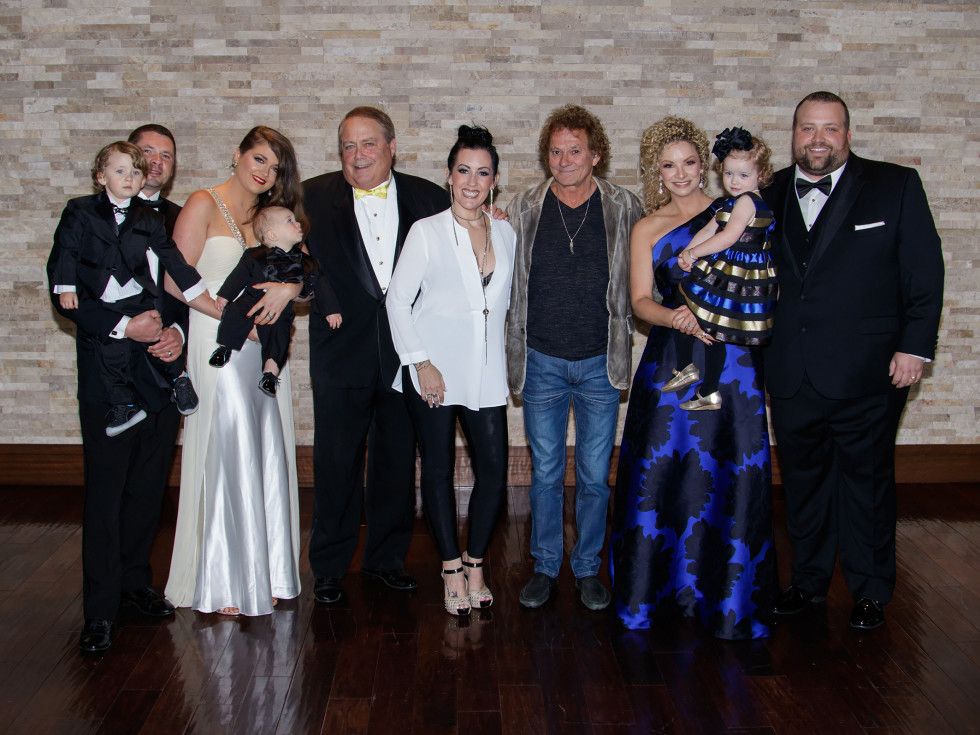 Wynne family with Starship