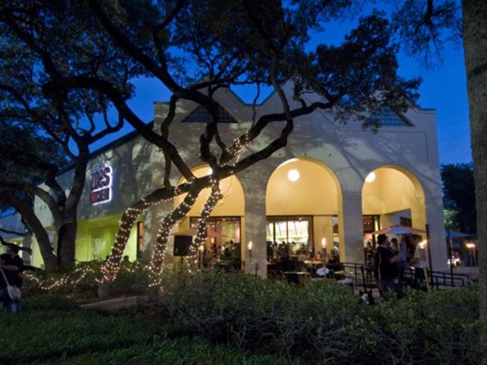 Austin Photo: Places_Food_zoes_kitchen_exterior