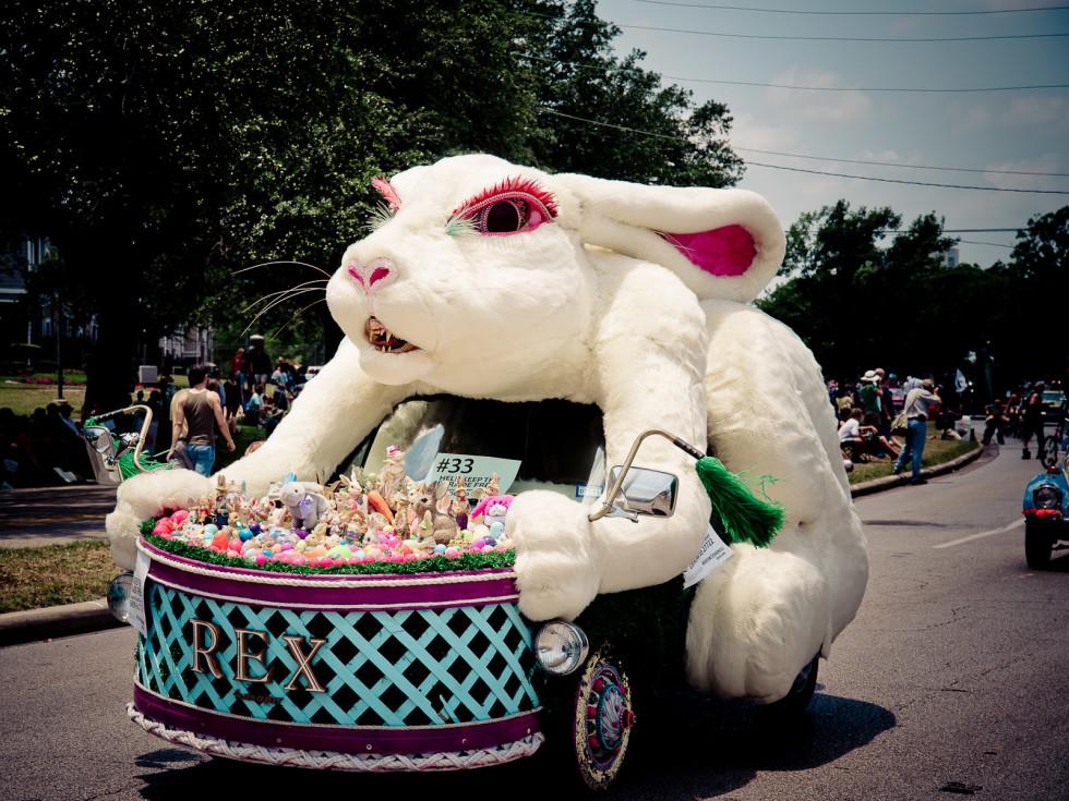 News_004_Art Car Parade