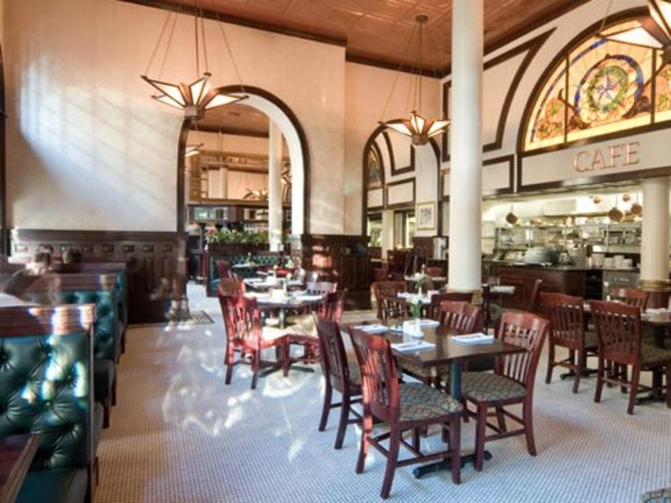 Austin photo: Places_Food_1886 Gallery_Interior