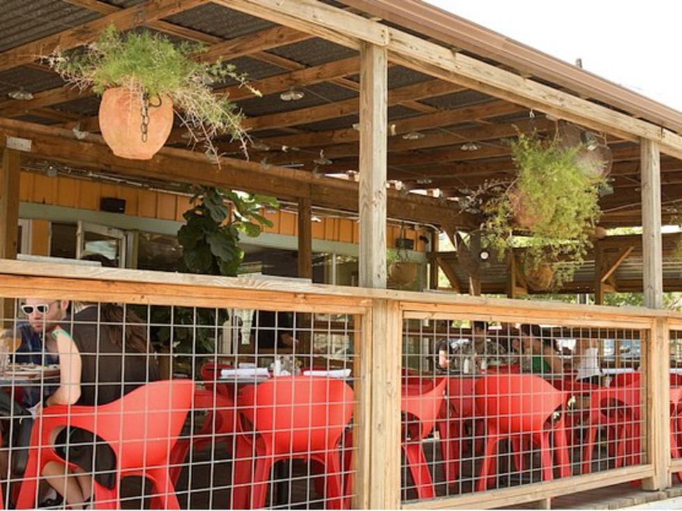 Austin photo: Places_Food_El Chile_Exterior