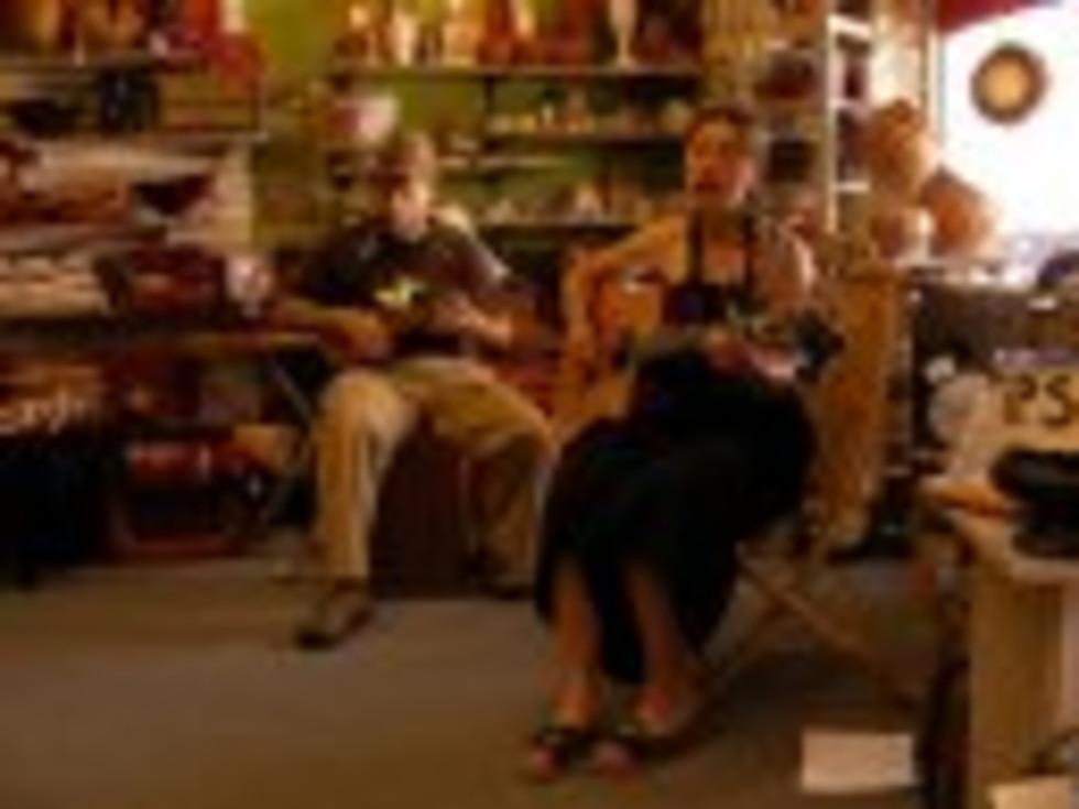 Austin Photo: Places_shopping_ten_thousand_villages_musicians