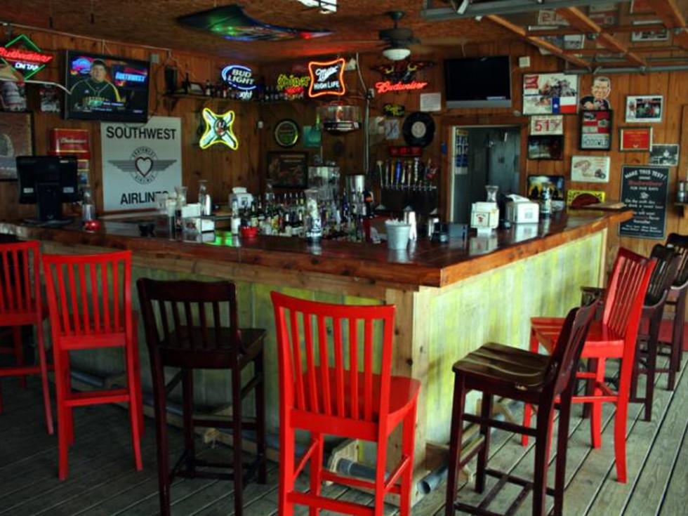 Austin_photo: places_drinks_cindy's gone hog wild_interior