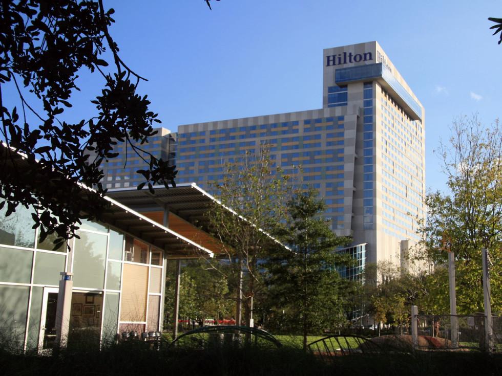 Places-Hotels/Spas-Hilton Americas-Houston-building-1