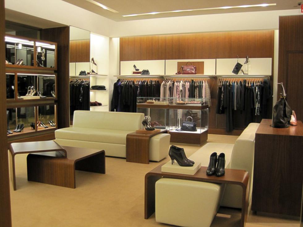 Places-Shopping-Ferragamo-interior
