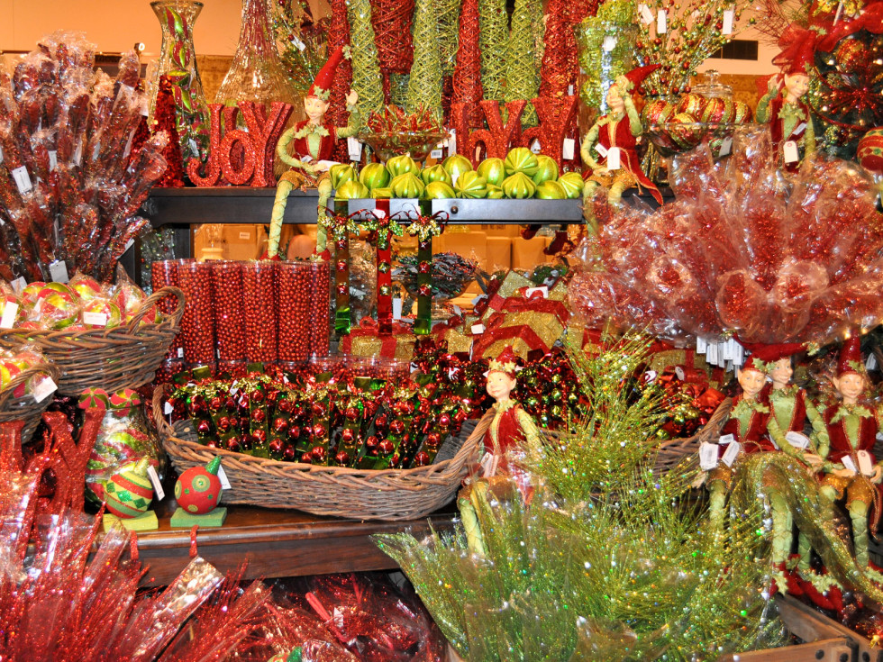 News_Nutcracker Marketplace 2009_decorations