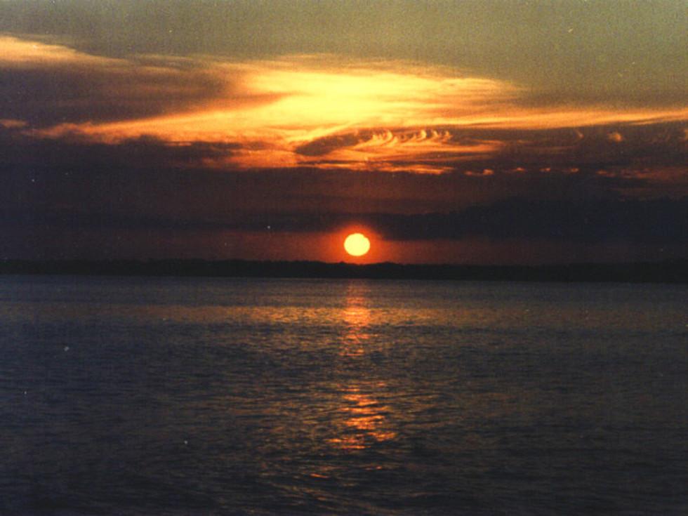 News_Peter Barnes_Lake Livingston_sunset