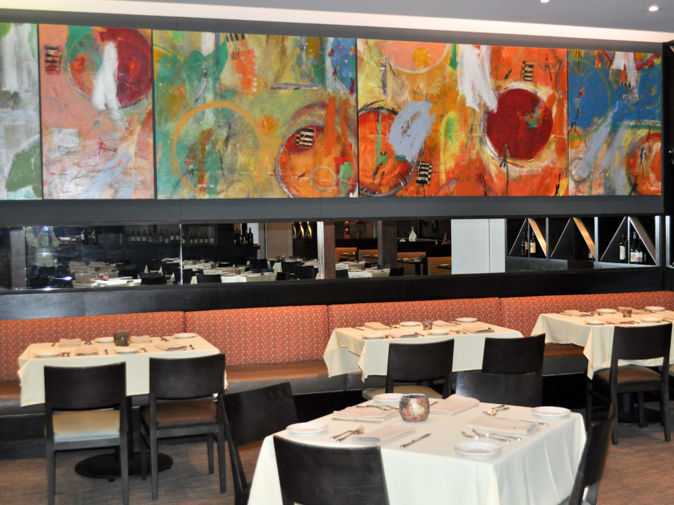 News_John Palmer_Cia Bello_restaurant_interior