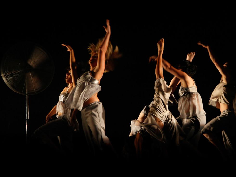 News_Nancy_weekend_NobleMotion Dance Company_KinkyKook Fan Blowing Hard