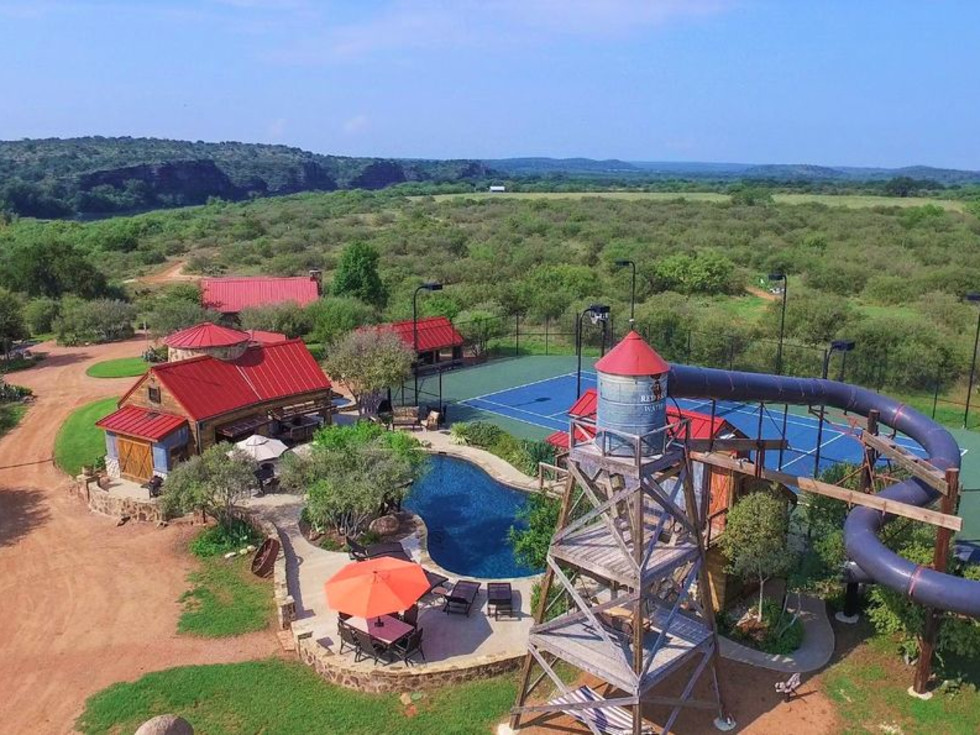 Red Sands Ranch vacation rental in Mason, Texas