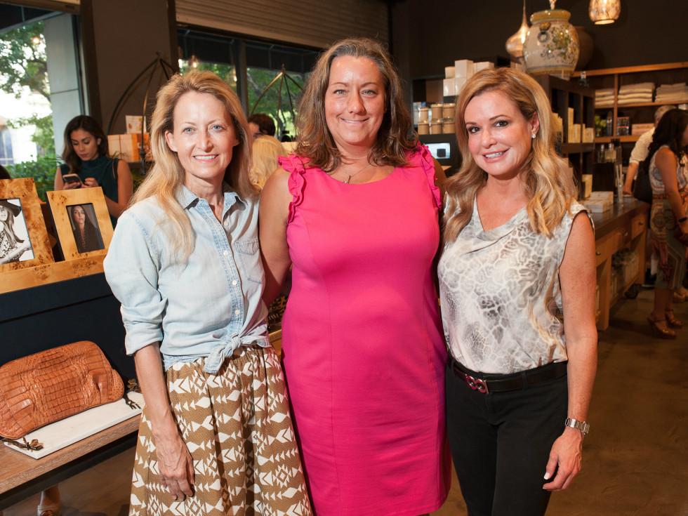 Lynn McBee, Sharon Jett, Holly Bock