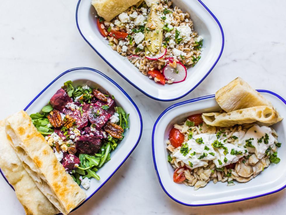 Pizza Motus salads