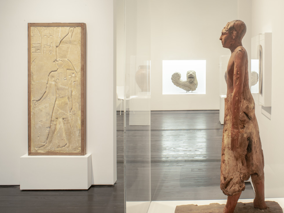 Menil Collection: Egyptian gallery