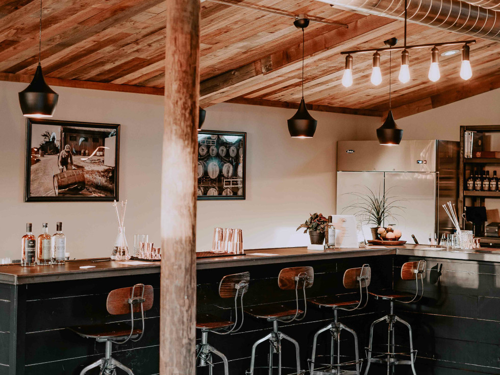 The Cocktail Lab Treaty Oak interior