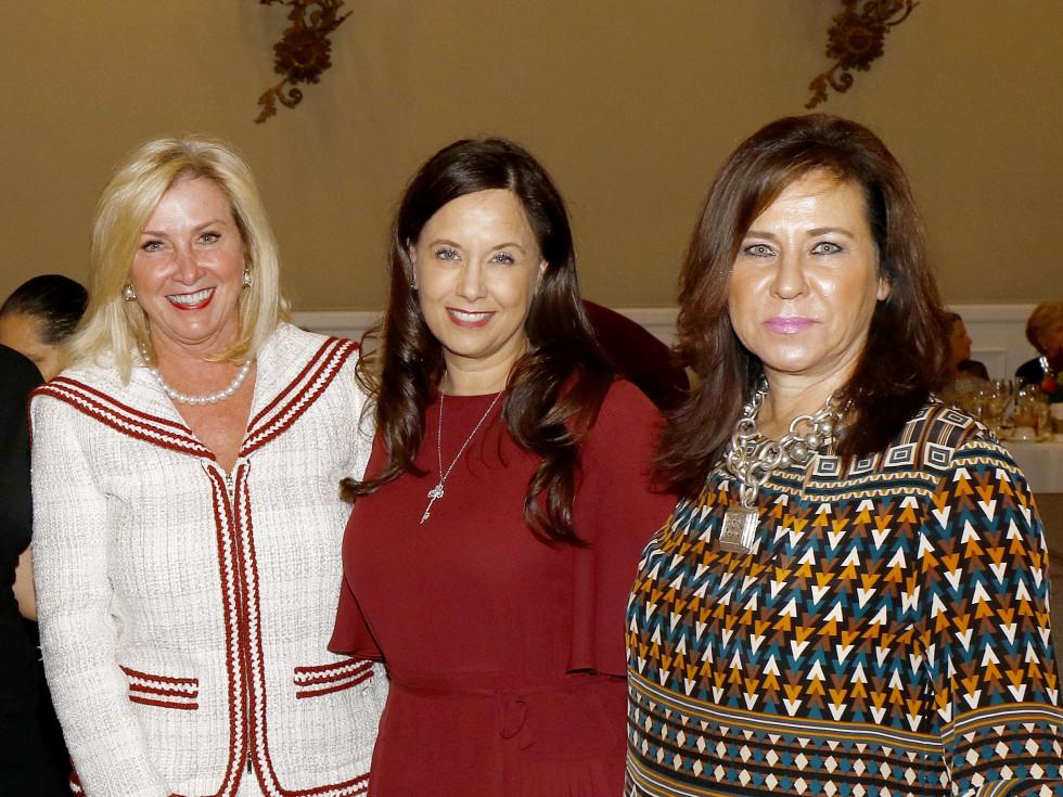 Penny Reid, Angela Fontana, Lacie Crow