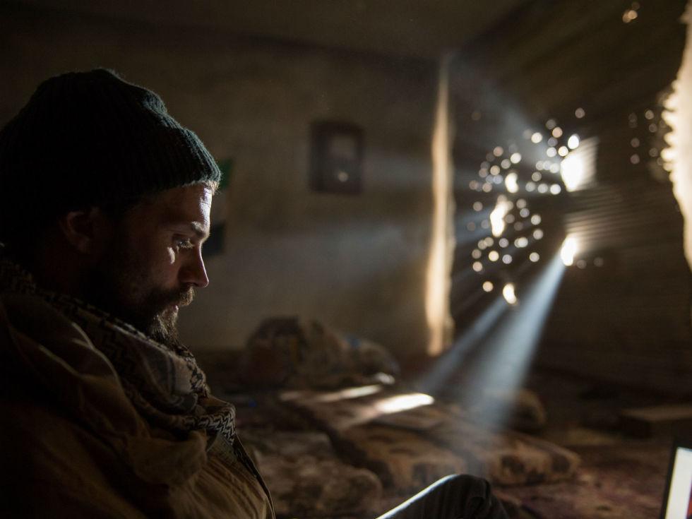 Jamie Dornan in A Private War