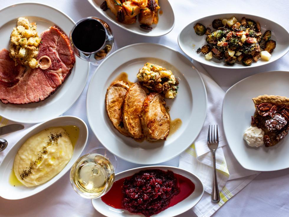 Carmelo's Cucina Italiana Thanksgiving spread