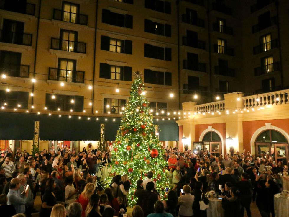 Hotel Granduca Tree Lighting Ceremony