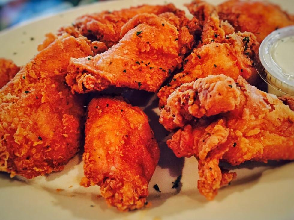 Neyow's jazzy wings