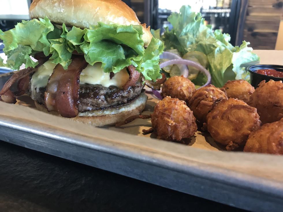 Brass Tap midtown pub burger