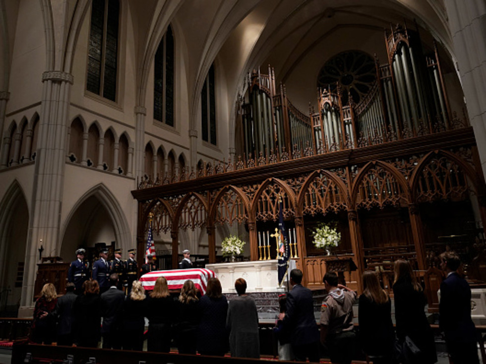 President George HW Bush St martin's church public visitation crowd