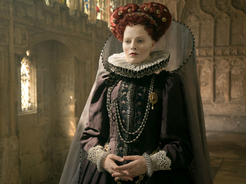 Margot Robbie in Mary Queen of Scots