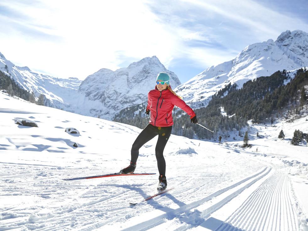 Ski woman hill