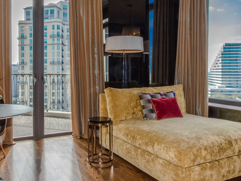 15th floor of The Vendome at 3505 Turtle Creek Blvd., Turtle Creek Home Tour