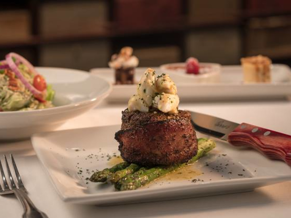 Perry's Steakhouse v-day