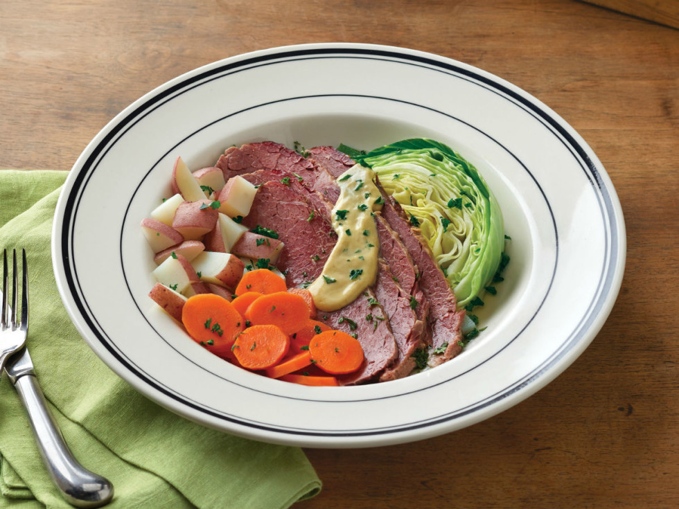 Mimi's corned beef & cabbage