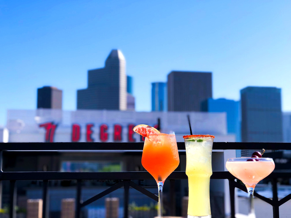 77 Degrees Houston patio drinks