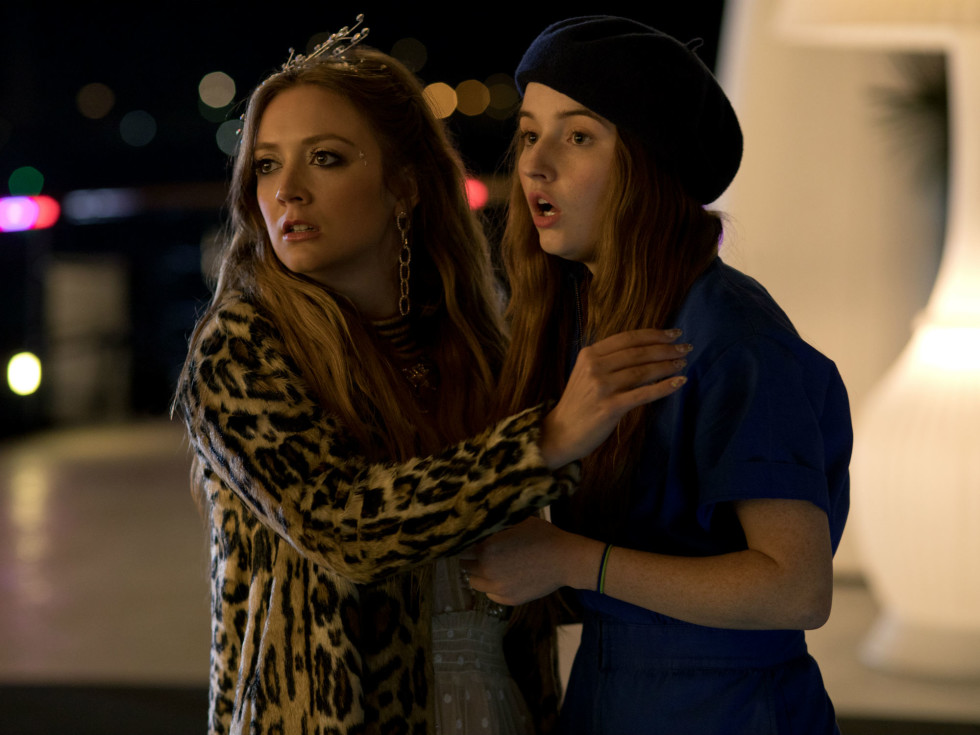 Billie Lourd and Kaitlyn Dever in Booksmart