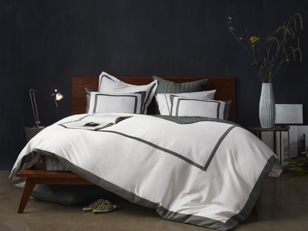 10 Grove bedding Olive