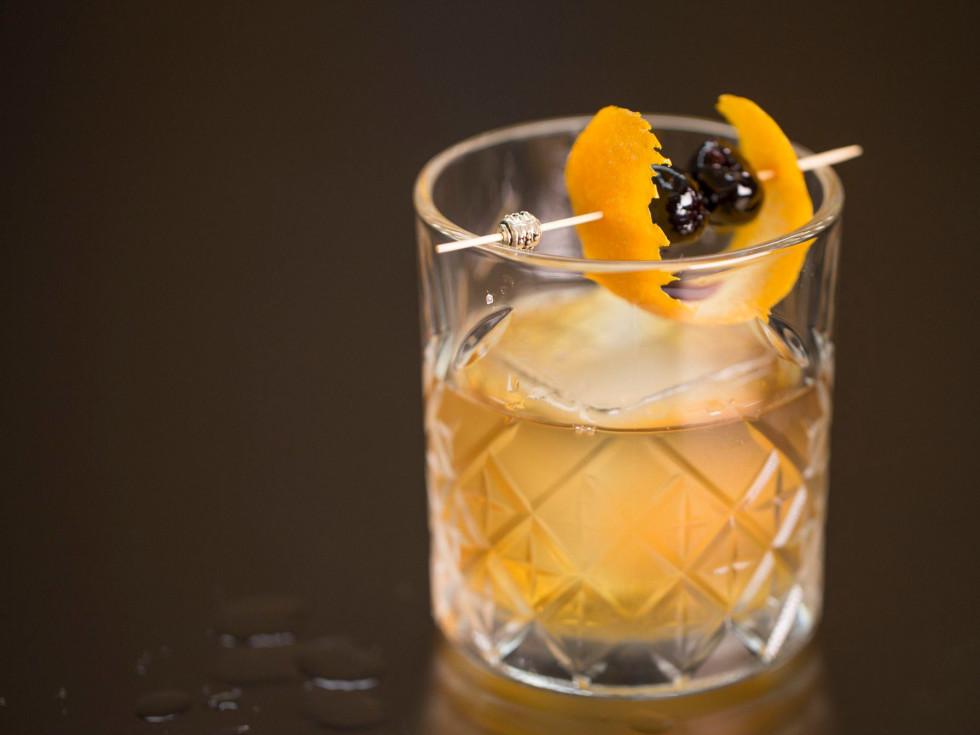 Omni Dallas Pegasus Bar cocktail