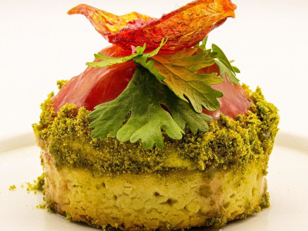 Koffeteria late summer tomato tart with pistachio pesto