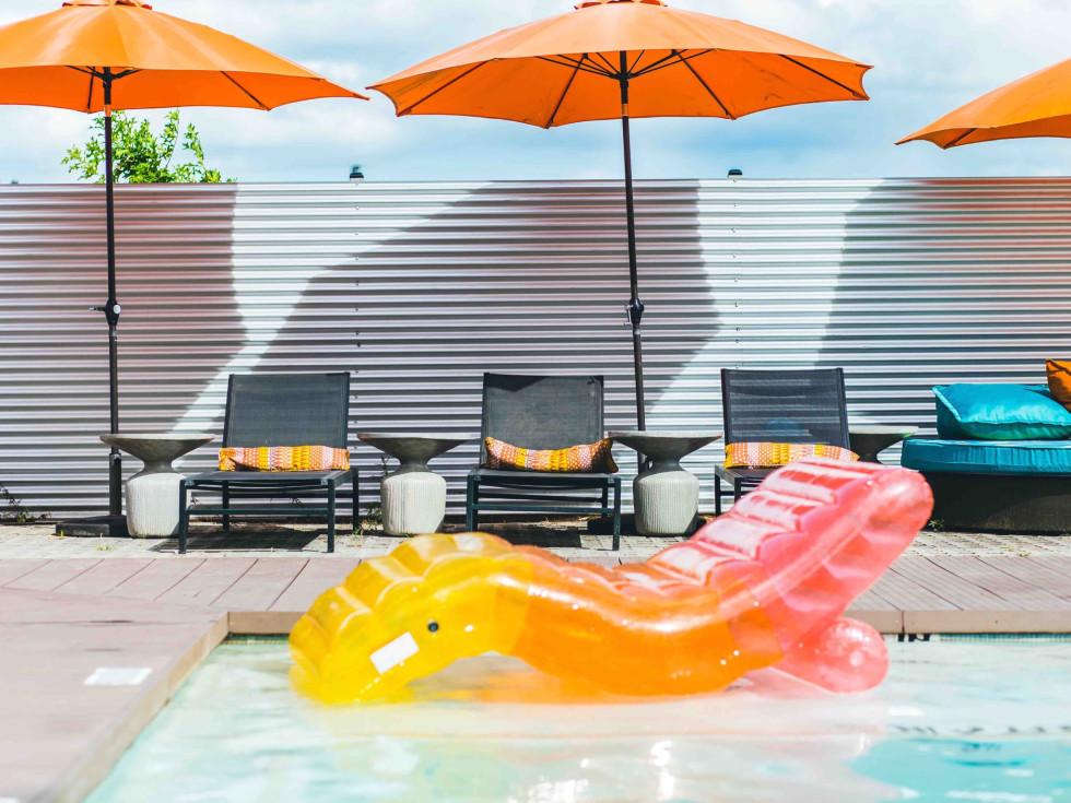 El Segundo Swim Club splash