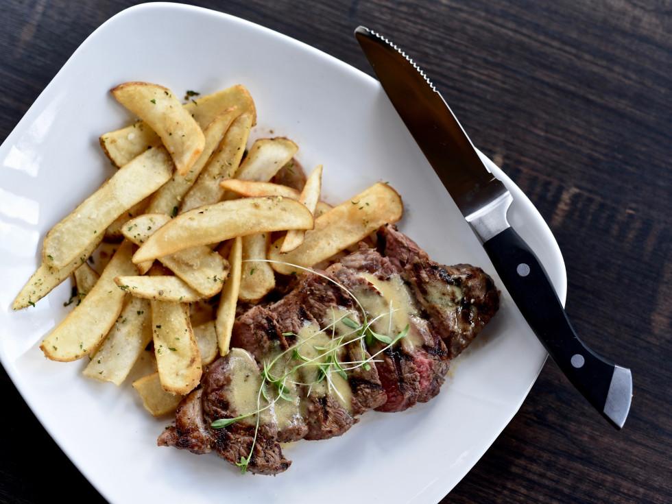 Peli Peli Woodlands steak frites