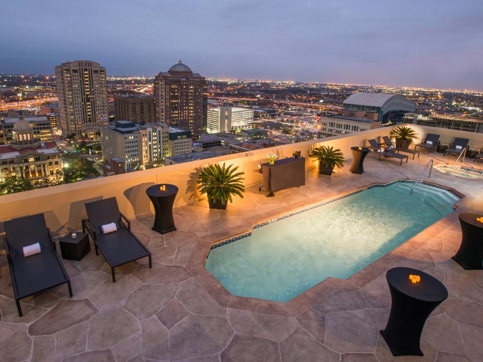 Magnolia Houston pool