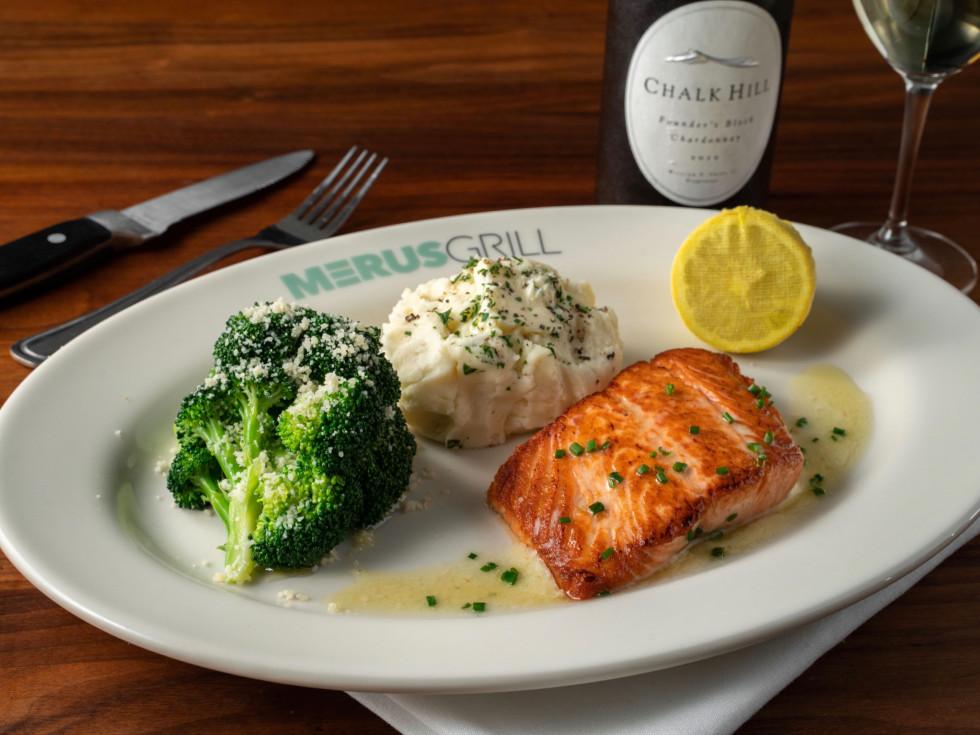 Merus Grill salmon
