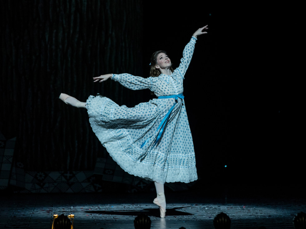 Houston Ballet Principal Melody Mennite as Clara in Stanton Welch's The Nutcracker.