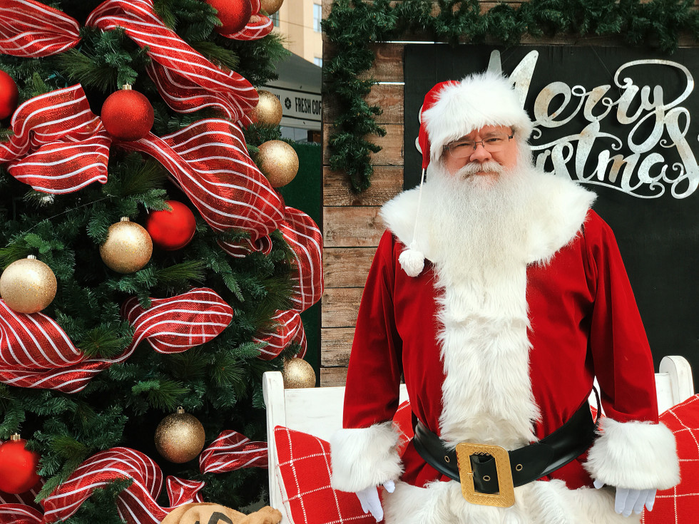 Santa at Dallas Farmers Market