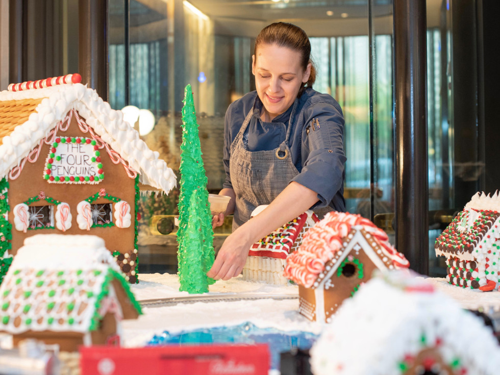 Four Seasons hotel Gingerbread village