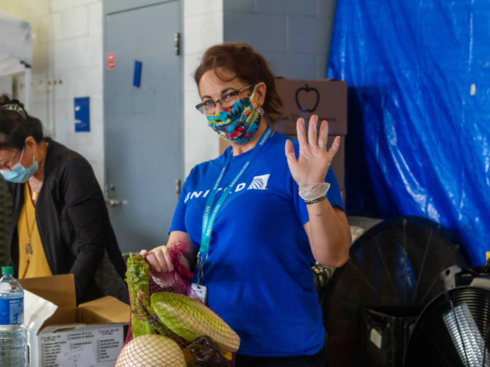 United Airlines Houston Food Bank cargo workers
