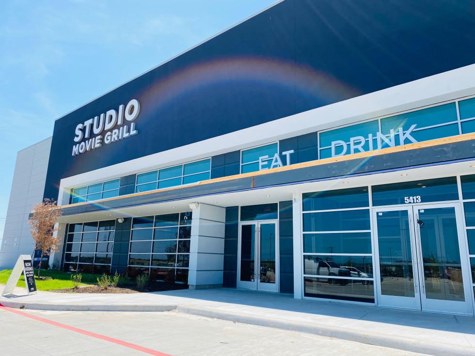 Studio Movie Grill Chisholm Trail