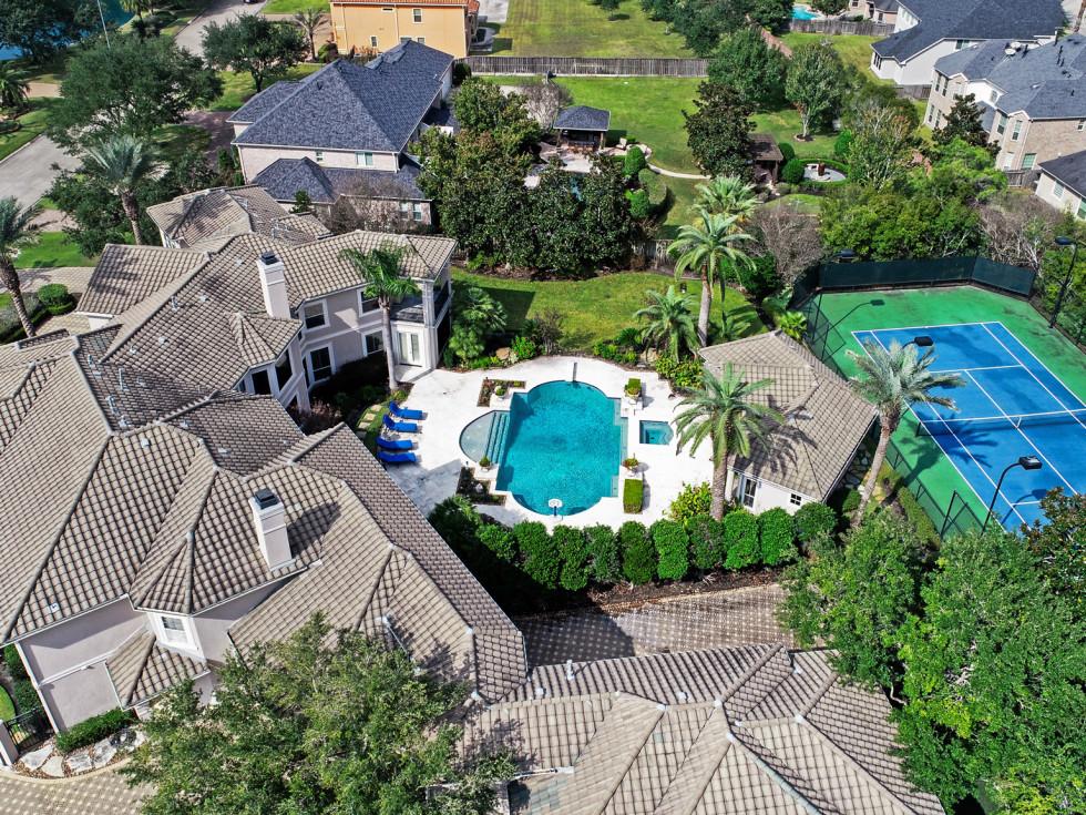 2715 Silverhorn Houston house