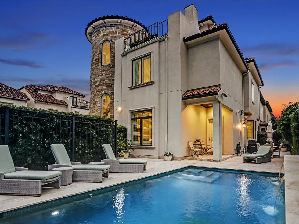 5704 Tanglewood Houston house
