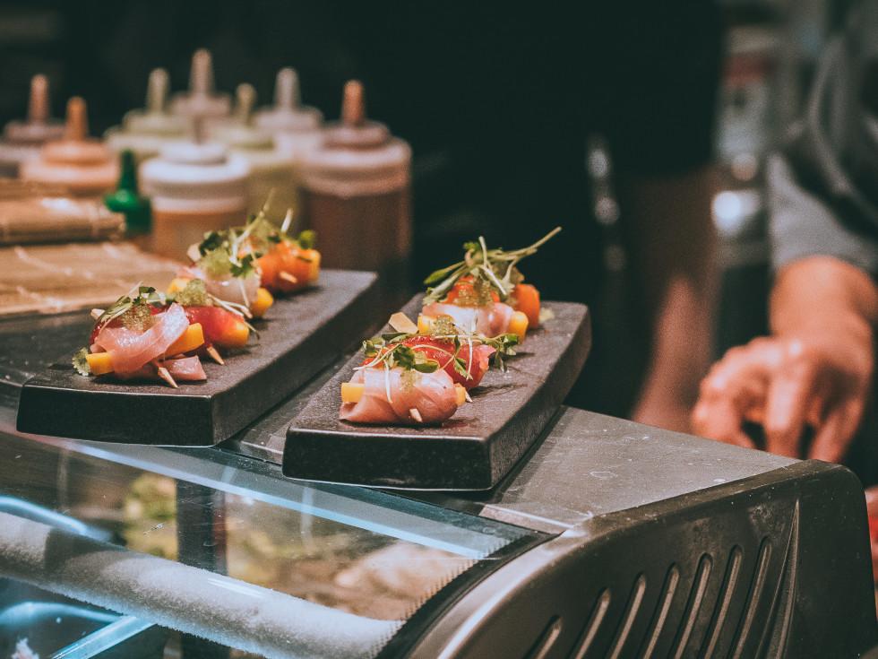 sushi chef joi domain northside