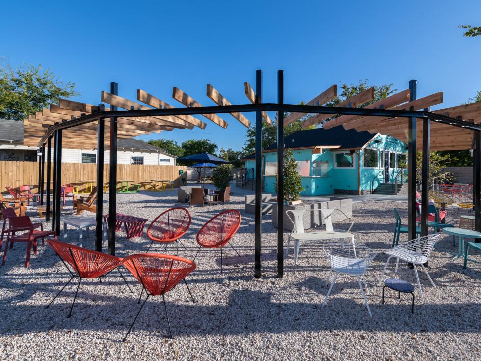 East End Backyard bar outdoor seating